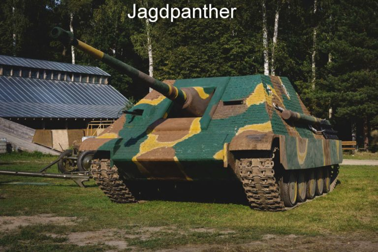 kubinka tank museum guided tour